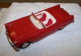 Amt 1955 ford thunderbird convertible promo model car model cars e0674046 44ad 4604 958c 7db7b00151cb medium
