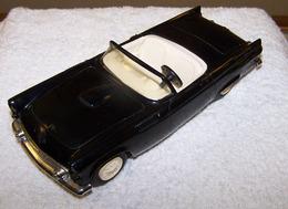 Amt 1955 ford thunderbird convertible promo model car model cars d52afa8b 9d71 4048 b25f 6a82772f035f medium