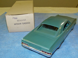 Amt 1966 chevrolet impala super sport hardtop promo model car  model cars 465bbca1 1627 4bbe 9441 e572a9fd4a5d medium