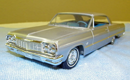 Amt 1964 chevrolet impala ss hardtop promo model car  model cars 3ba46cb5 4987 42ea b5df 94cf37647b88 medium