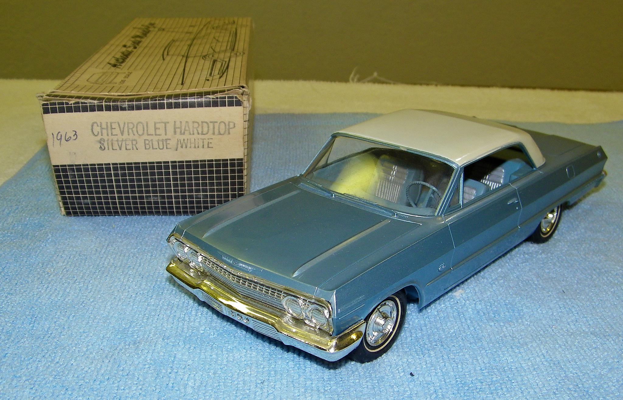 2 Door Charger >> 1963 Chevrolet Impala Super Sport Hardtop Promo Model Car ...