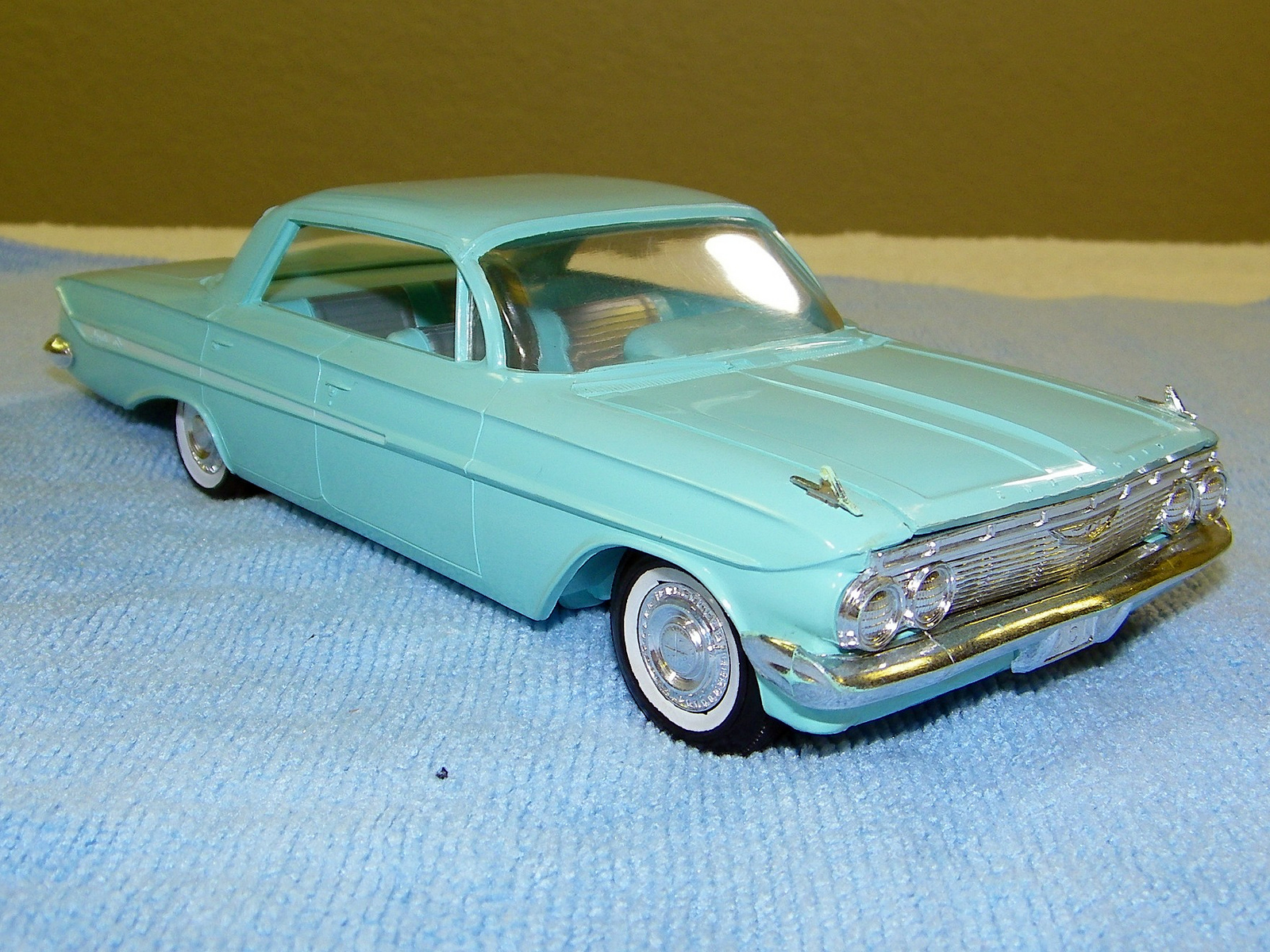 1961 chevrolet impala sport sedan promo model car model. Black Bedroom Furniture Sets. Home Design Ideas
