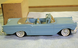 Amt 1958 chevrolet impala convertible promo model car  model cars 05316072 7c16 4bb9 85b4 949e7474a906 medium
