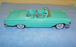 Amt 1958 chevrolet impala convertible promo model car  model cars 43380716 a4e8 4bc6 9ae8 baf2b5b555db medium
