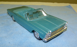 Amt galaxie 500 xl 1966 ford galaxie 7 litre convertible promo model car  model cars 5cf89b7b cb4c 4f76 afac f5556bd402a7 medium