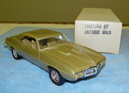 Mpc 1969 pontiac firebird 400 hardtop promo model car  model cars 47566868 6cad 4df7 be76 03e312e86a13 medium