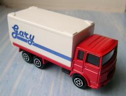 Majorette saviem container truck model trucks 567ce319 542b 4e8a a3e6 b5cc797f2ae7 medium
