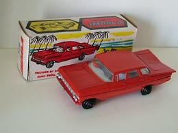 Maxwell maxwell mini chevrolet impala model cars 637bbbd4 006b 493c a94c 37a935c37a05 medium
