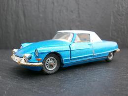 Corgi toys citro%25c3%25abn ds 19 coup%25c3%25a9 %2522le dandy%2522  chapron model cars a7a4b7de f4aa 4d5d 93a6 2be18bfb85fb medium