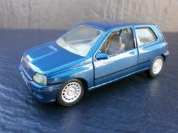 Solido renault clio mk i model cars 6a2bca06 7f43 40d2 8502 fb82acedd958 medium