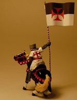 Crusader with Banner | Figures and Toy Soldiers