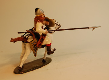 Heavy Mounted Warrior with Lance | Figures and Toy Soldiers