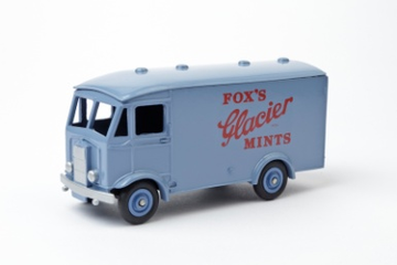 Albion Van Fox's Glacier Mints | Model Trucks