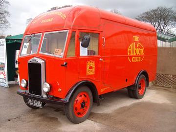 Albion AZ5 / AZ9 Van | Trucks