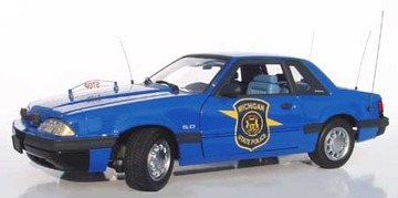 1993 Ford Mustang LX 5.0 Police Special | Model Cars