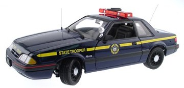 1994 Ford Mustang LX 5.0 Police Special | Model Cars