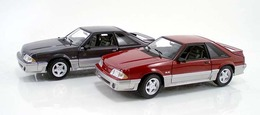 Ford mustang gt red and silver medium