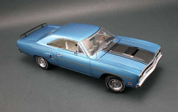 1970 Plymouth Road Runner 440-6 Plum Floored Creations | Model Cars
