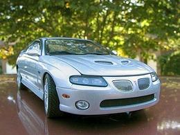 Pontiac gto silver medium