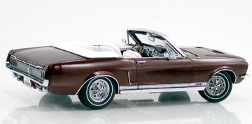 1967 Ford Mustang Convertible | Model Cars