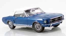 Ford mustang convertible blue medium