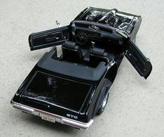 Pontiac gto convertible black medium
