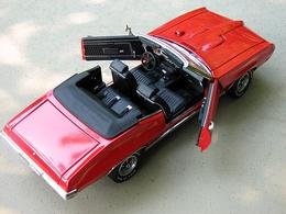 Pontiac gto convertible red medium