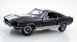 Shelby gt 500 blue with white medium
