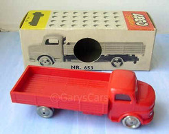 653 red red medium