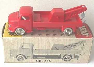 Mercedes Wrecker | Model Trucks
