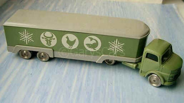 Mercedes Artic Truck with 4 Axles | Model Trucks