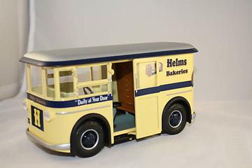1931 Helms Bakery Divco Twin Coach Delivery Truck | Model Trucks