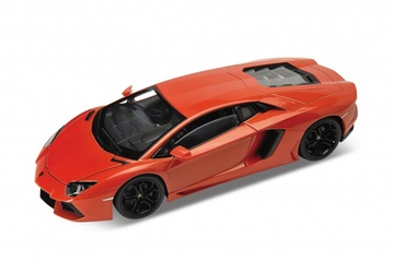 Lamborghini Aventador LP 700-4 | Model Cars