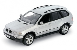 Bmw x5 model cars caf91e3f 0a9b 46dd a9be 7c274ef4682b medium