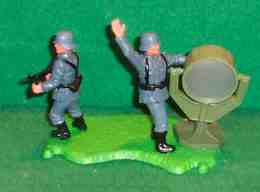 German WWII Floodlight Diorama | Figures & Toy Soldiers