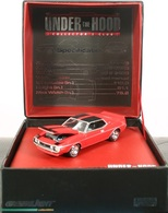 Greenlight collectibles under the hood 1971 amc javelin amx model cars 7fa6fc90 9cc0 42bf 896e 5bfbf9935e58 medium