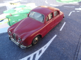 Norev jaguar mk i 2l400 model cars e4eab78f ec76 40ce 93c6 917dac924e47 medium