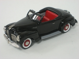 Durham classics 1941 plymouth convertible top down model cars 0bd370d5 8b8d 4b51 ab1e 4e8b956726da medium