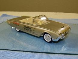 Amt 1961 ford thunderbird convertible promo model car model cars ab586cc8 2797 429f 883c 07e05f54b1f2 medium