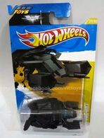 Hot wheels the bat model cars 9a473ea7 dc3c 42cf ba44 c24bac019145 medium