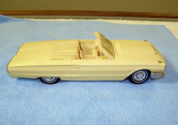 Amt 1964 ford thunderbird convertible promo model car model cars 04fa21ed 80c6 478b 987e 192950124518 medium