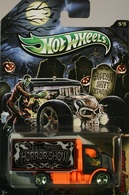 Hot wheels graveyard shift detailing%252c halloween horror show hiway hauler model trucks 927a3b50 b4b2 41fd b341 a83466869ade medium
