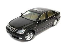 Paudi model 2005 toyota crown  model cars f02eb96a da3e 41b6 a20a e225a3b56331 medium