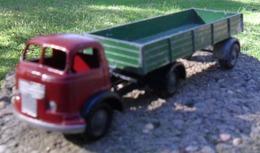 Micro models commer model trucks 85b51308 cf13 49ad a42f 2c620aa90208 medium