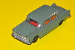 Sku v series fiat 1800 model cars 1c7f3184 34be 4d4c b93d 16fe0034540a medium