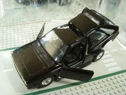Bburago 1%253a24 kit collezione lancia delta s4 model cars 0e3fce32 e630 4942 b420 16c4d01f9c9d medium