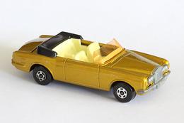 Matchbox superfast rolls royce silver shadow model cars d66a3c29 73de 4318 aefe a20f39e155f8 medium
