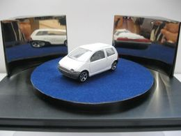 Majorette serie 200 renault twingo model cars 9f3e4fa1 4c7c 462f 83a2 1b4c3b376e75 medium