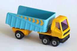 Matchbox superfast articulated truck model cars bdeb9153 8d8e 429f 9ecf 1915bfaef94b medium