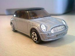Majorette euro top40 collection mini 2001 cooper model cars 67ccef3d 3cdc 4f4f a6e8 0db05c366726 medium